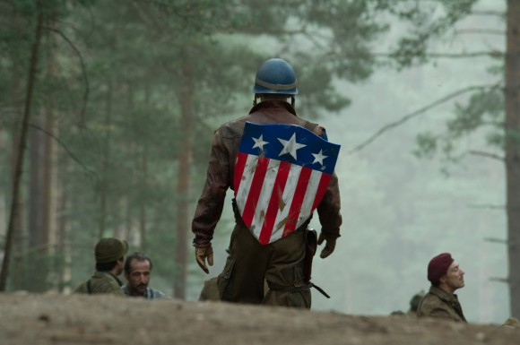 captain-america-the-first-avenger-movie-image-chris-evans-as-steve-rogers-3-580x385