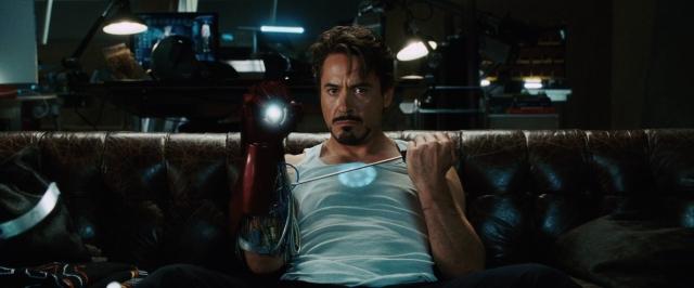 Iron-man-movie-tony-stark-on-couch-photo_(1)